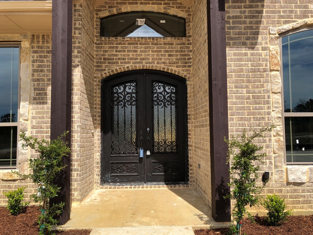 Home builder tyler texas 2501 oasis 2410 pyramid homes for Home builders in tyler tx