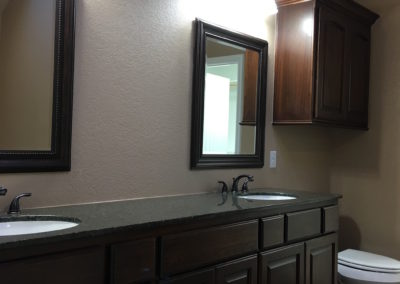 Home Builder Tyler Texas Bathroom Gallery 0912