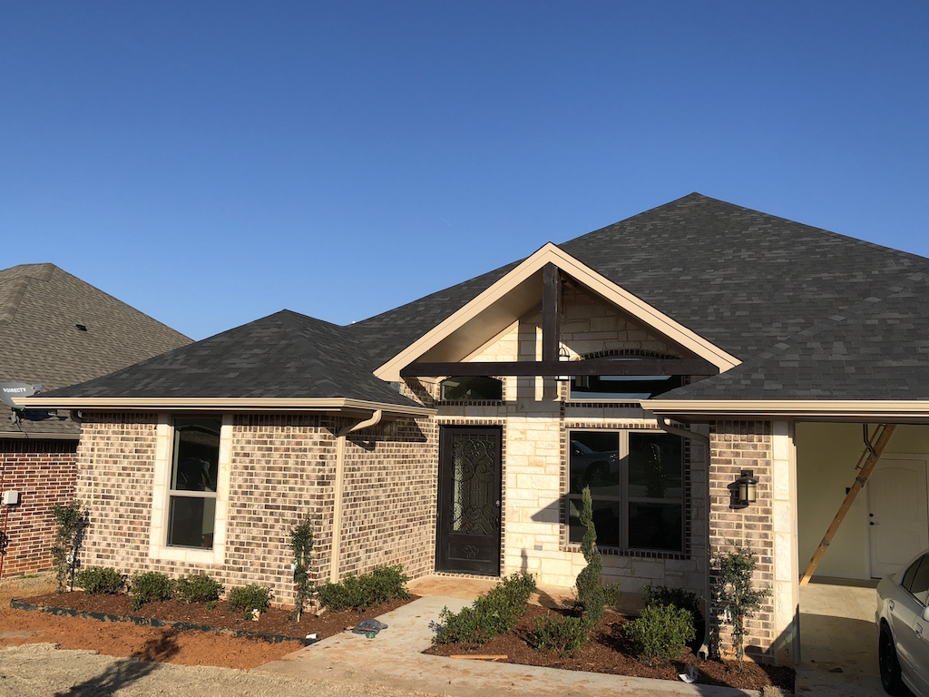 Home builder tyler texas exteriors gallery 1729 pyramid for Tyler tx home builders