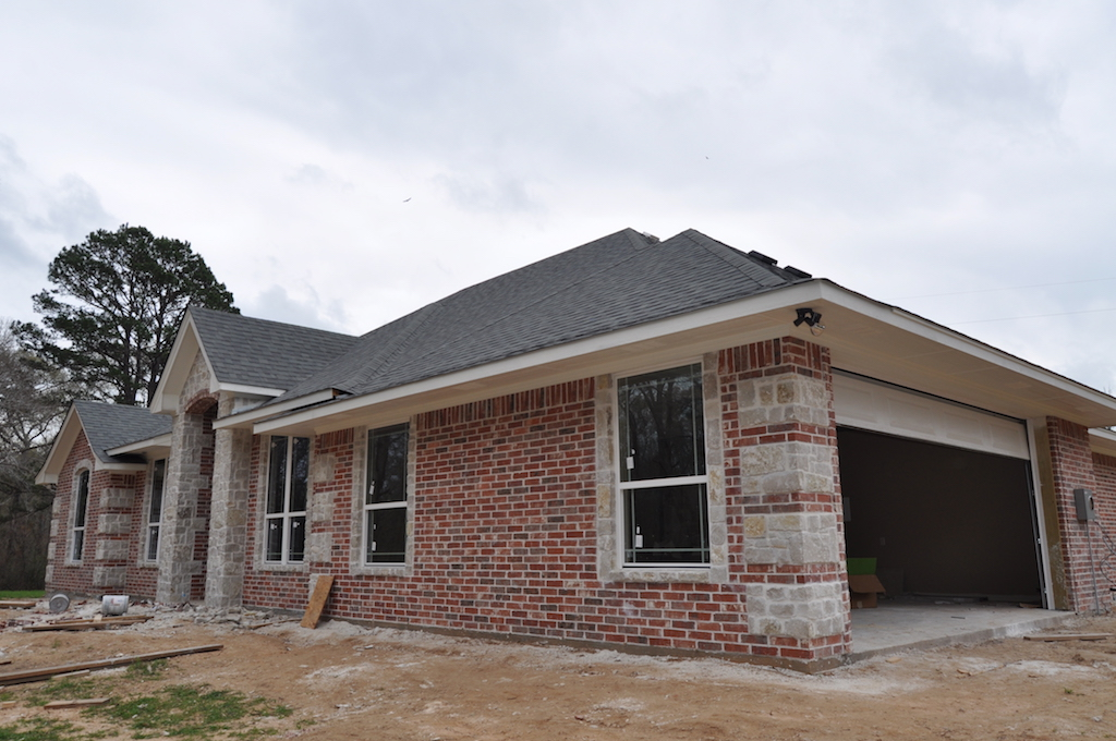 Home builder tyler texas exteriors gallery 0042 pyramid for Tyler tx home builders