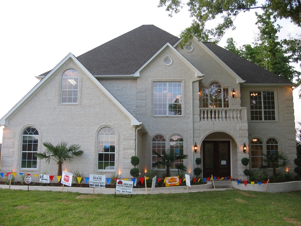 Home builder tyler texas exteriors gallery front 2 for Tyler tx home builders